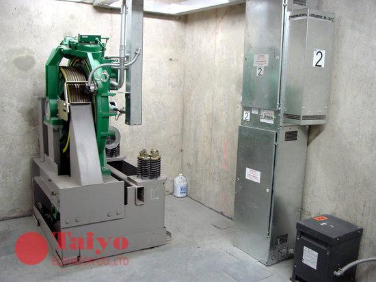 Phòng máy của thang máy có phòng máy